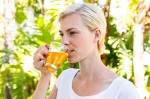 Полезные и лечебные свойства сочетания имбиря с лимоном и мёдом