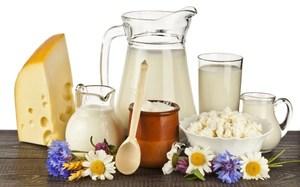 Молоко с содой - средство от кашля и боли в горле